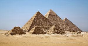 Die Pyramiden von Gizeh - Von Ricardo Liberato - [1], CC BY-SA 2.0, Link
